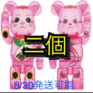 メディコムトイ(MEDICOM TOY)のBE@RBRICK 招き猫 桃色透明 400% 2体セット(その他)