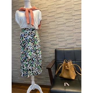 エイチアンドエム(H&M)の【美品】フラワー柄スカート 36 H&M(ロングスカート)