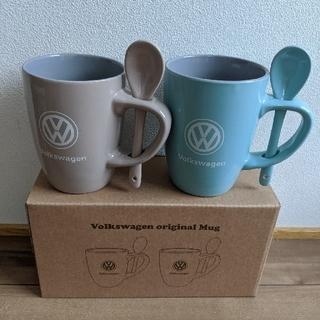 フォルクスワーゲン(Volkswagen)の[新品未使用] フォルクスワーゲン スプーン付き ペアマグカップ(ノベルティグッズ)