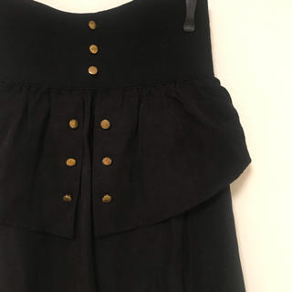 ローズバッド(ROSE BUD)の金ボタンが可愛いスリットスカート(ひざ丈スカート)