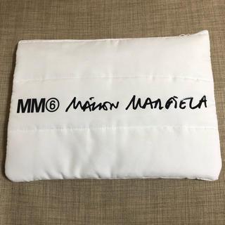 マルタンマルジェラ(Maison Martin Margiela)のMM6パデッドポーチ◎(クラッチバッグ)