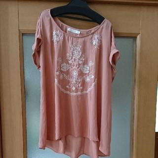 ココディール(COCO DEAL)の最終価格!ココディール刺繍トップス(シャツ/ブラウス(半袖/袖なし))