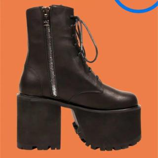 ユニフ(UNIF)のUNIF Scoshe Black Lace Up Boots ユニフ US8(ブーツ)