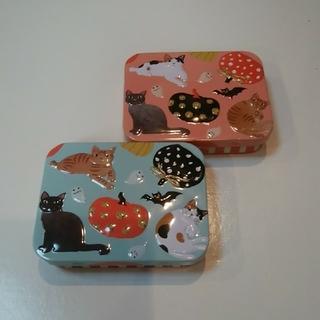 カルディ(KALDI)のカルディ ハロウィン ネコミニ缶 2個セット(菓子/デザート)