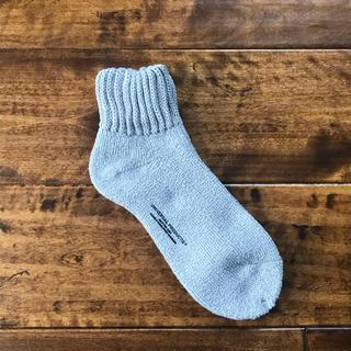 ワンエルディーケーセレクト(1LDK SELECT)の【新品未使用品】UNIVERSAL PRODUCTS ソックス 靴下 グレー(ソックス)