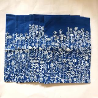 ミナペルホネン(mina perhonen)のミナペルホネン 不織布 ショップ袋 letter of flower 8枚セット(ショップ袋)