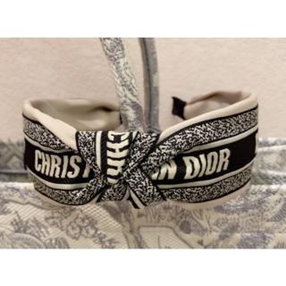Dior - ★DIOR★早い者勝ち 美品 カチューシャ