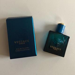 ヴェルサーチ(VERSACE)のVERSACE(エロス オーデトワレ)5ml(香水(男性用))