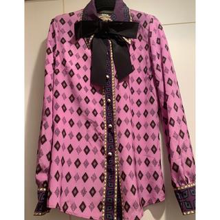 グッチ(Gucci)のGUCCI グッチ ミケーレ リボン付きシャツ パールボタン36(シャツ/ブラウス(長袖/七分))