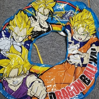 ドラゴンボール(ドラゴンボール)のドラゴンボール浮き輪(水着)
