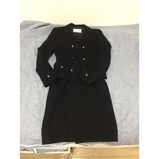 ハロッズ(Harrods)のハロッズ 黒 セットアップ スカートスーツ(スーツ)