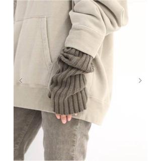ドゥーズィエムクラス(DEUXIEME CLASSE)のの。様専用ドゥーズィエムクラス CARIAGGI アームウォーマー(手袋)