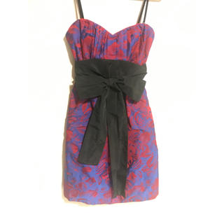 ビーシービージーマックスアズリア(BCBGMAXAZRIA)のBCBGMAXAZRIA  ワンピース/ドレス(ミディアムドレス)