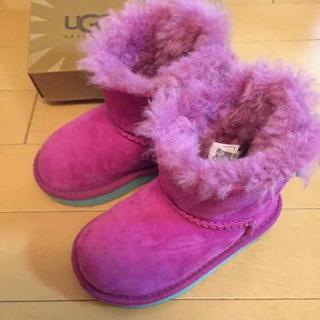 アグ(UGG)のkfsさま専用 UGG ピンク 黄緑サテンのリボン(ブーツ)