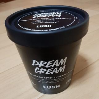 ラッシュ(LUSH)の【新品未使用】LUSH ドリームクリーム(ボディクリーム)