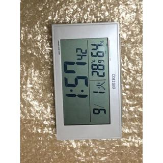 セイコー(SEIKO)のセイコー クロック 目覚まし時計 電波 デジタル 白 パール SQ758W(その他)