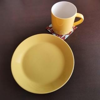 アラビア(ARABIA)の🍋🌿 アラビア カラーズ イエロー プレート&マグカップ(食器)
