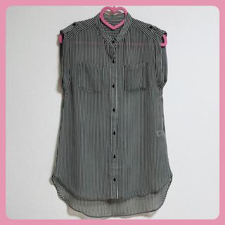 ジーユー(GU)の【GU】シフォン地ストライプシャツ(シャツ/ブラウス(半袖/袖なし))