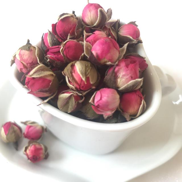 ミニ薔薇*ドライフラワー 大地農園 30個 ハンドメイドのフラワー/ガーデン(ドライフラワー)の商品写真