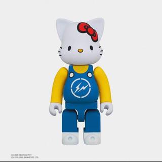 フラグメント(FRAGMENT)のNY@BRICK 400% CONVENI HELLO KITTY BLUE(キャラクターグッズ)