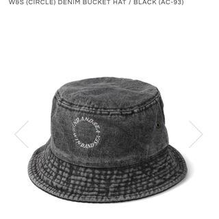 シー(SEA)のW&S (CIRCLE) DENIM BUCKET HAT(ハット)