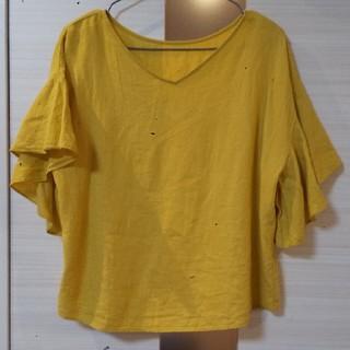 ジーユー(GU)のGU マスタード色 袖フリルブラウス トップス(シャツ/ブラウス(半袖/袖なし))