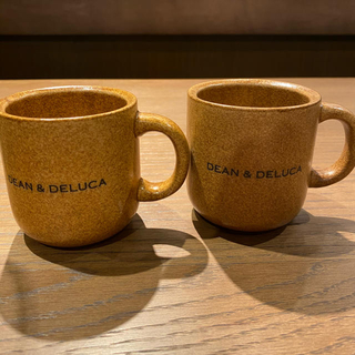 ディーンアンドデルーカ(DEAN & DELUCA)の新作‼️  DEAN &  DELUCA  マグカップ ブラウン 2個(グラス/カップ)