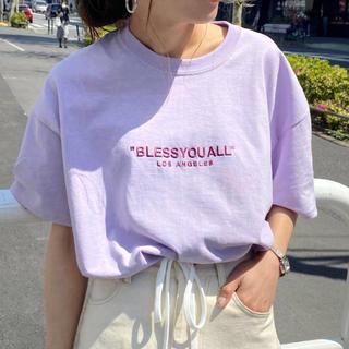 フーズフーギャラリー(WHO'S WHO gallery)のビッグシルエット刺繍ロゴTEE(Tシャツ(半袖/袖なし))