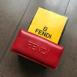 フェンディ(FENDI)のフェンディ  バレッタ   レザー 赤(バレッタ/ヘアクリップ)