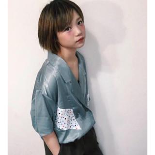 スピンズ(SPINNS)の新品 CHIHIRO YASUDA やすだちひろ マットサテンシャツ(シャツ/ブラウス(半袖/袖なし))