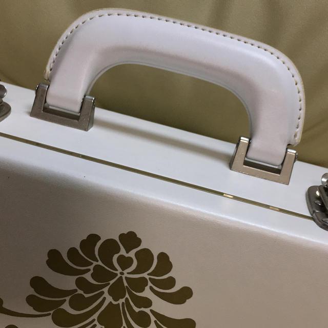 shu uemura(シュウウエムラ)の最終値下げ♡限定♡安野モヨコ ♡shu uemura メイクボックス  コスメ/美容のメイク道具/ケアグッズ(メイクボックス)の商品写真