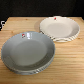 イッタラ(iittala)のイッタラ ティーマ 12センチ ホワイト×パールグレー(食器)