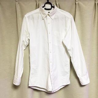 ユニクロ(UNIQLO)のUNIQLO 美品 スリムホワイトシャツ(シャツ)
