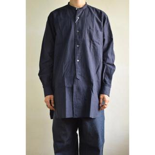 コモリ(COMOLI)の今期 COMOLI バンドカラーシャツ(シャツ)