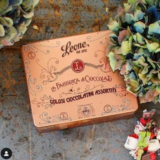ディーンアンドデルーカ(DEAN & DELUCA)のレオーネ 缶 LEONE leone チョコ レトロ オシャレ(菓子/デザート)