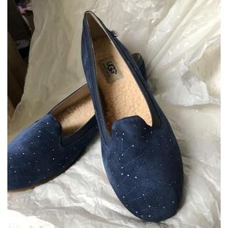 アグ(UGG)のUGGのフラットシューズ(ローファー/革靴)