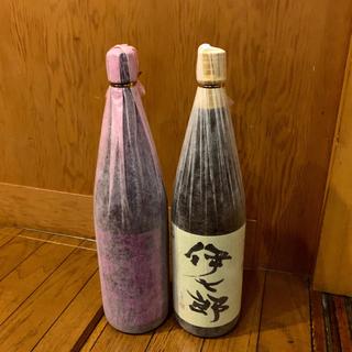 人気芋焼酎 伊七郎(志村けんさん御愛飲) 紫赤兎馬 自宅熟成古酒 1800cc (焼酎)