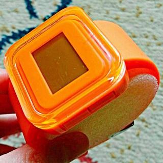 【未使用品】FRANCtemps CARRE デジタル腕時計 オレンジ(腕時計(デジタル))