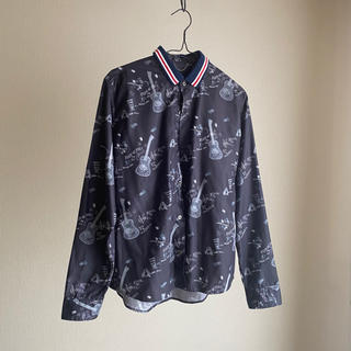 クリスチャンダダ(CHRISTIAN DADA)のCHRISTIAN DADA/GRAPHIC PRINT SHIRT 美品(シャツ)