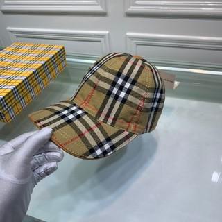 バーバリー(BURBERRY)のBurberry可愛帽子(帽子)
