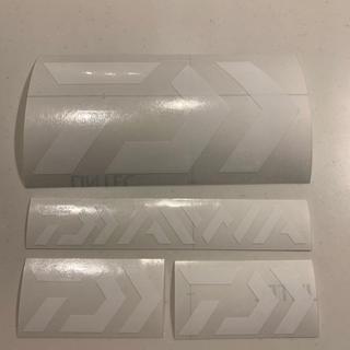 ダイワ(DAIWA)のダイワ カッティングステッカー ホワイト 超防水 4枚セット(その他)