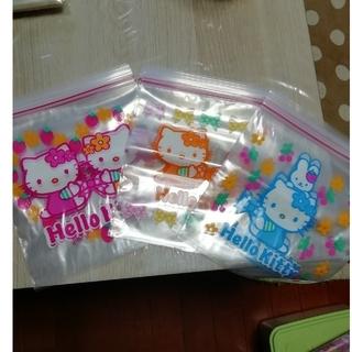 サンリオ(サンリオ)のジッパーバッグ キティ①(収納/キッチン雑貨)