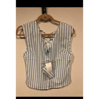 リップサービス(LIP SERVICE)のノースリーブブラウス(シャツ/ブラウス(半袖/袖なし))