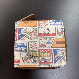 サンリオ(サンリオ)のHELLO KITTY   ハローキティ   折り財布  (財布)