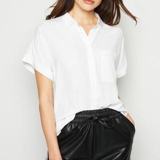 ニュールック(New Look)のNew Look (ニュールック)ショートスリーブシャツ(シャツ/ブラウス(半袖/袖なし))