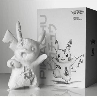 メディコムトイ(MEDICOM TOY)のDaniel Arsham Crystalized Pikachu (キャラクターグッズ)