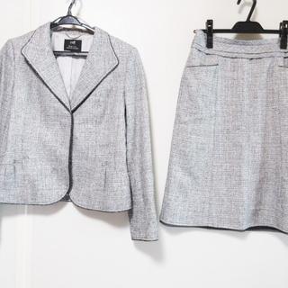 ニジュウサンク(23区)のニジュウサンク スカートスーツ サイズ40 M(スーツ)