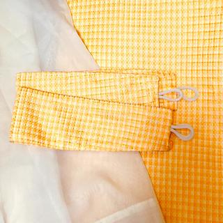 ベルメゾン(ベルメゾン)の美品◇イエロー系のカーテンセット(100×110)(カーテン)