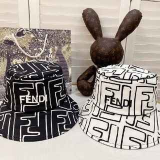 フェンディ(FENDI)のFENDI キャップ 帽子(キャップ)