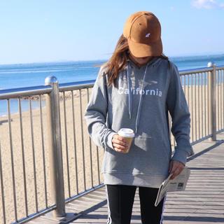 カルバンクライン(Calvin Klein)のカリフォルニア系☆LSフィンキャップ ブラウン スエード  帽子 ニューエラ(キャップ)